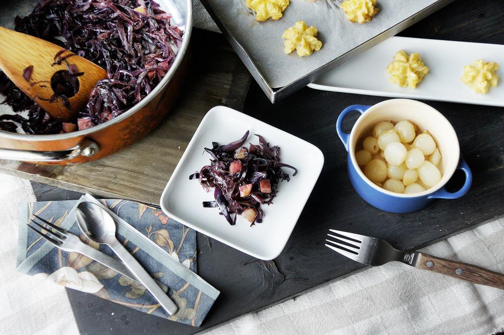 酸甜燉紅高麗菜與歐式烤馬鈴薯球