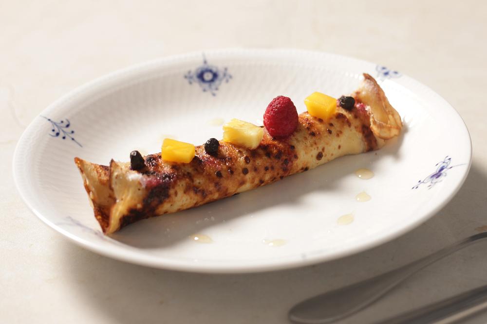 卡士達可麗餅與季節水果