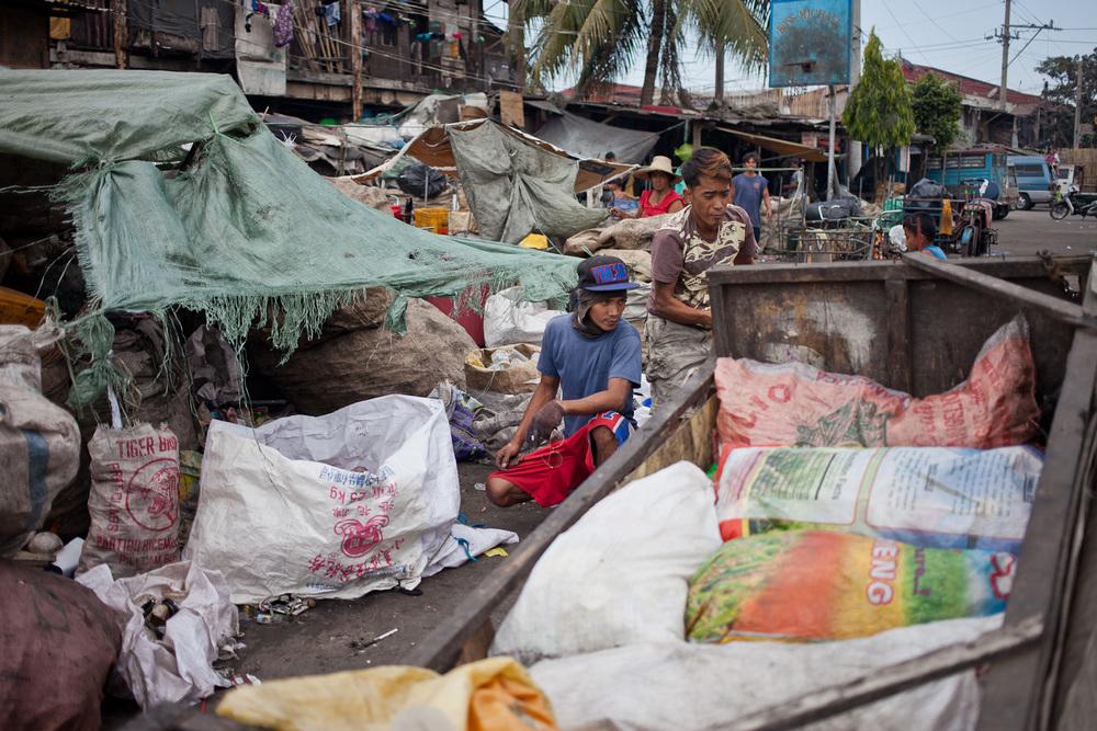 Tondo-slum-20.jpg