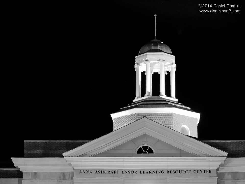A night scene of Georgetown College's library, circa 2011