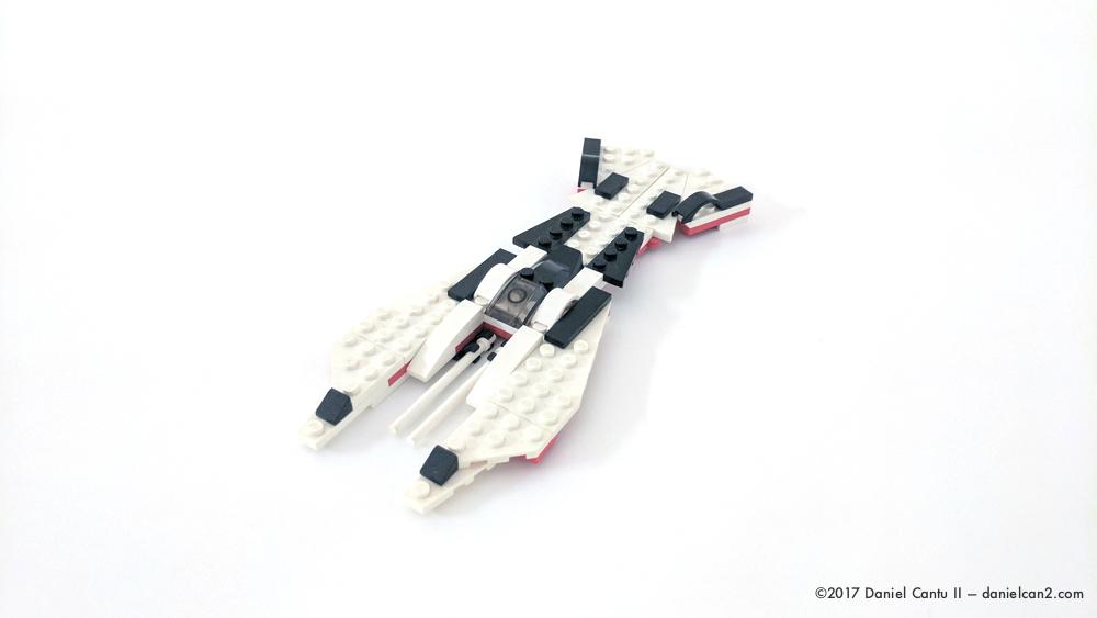 Daniel-Cantu-II-LEGO-Locust-V2-1.jpg