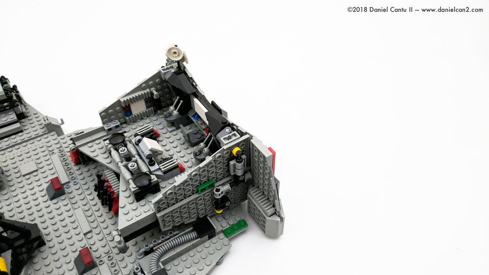 LEGO-Mobile-Fortress-59.jpg