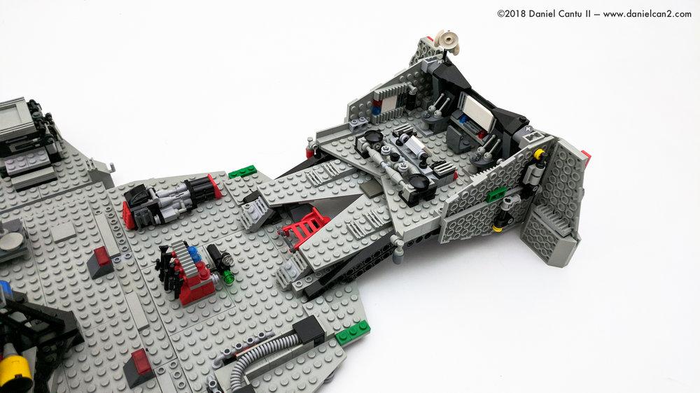 LEGO-Mobile-Fortress-58.jpg