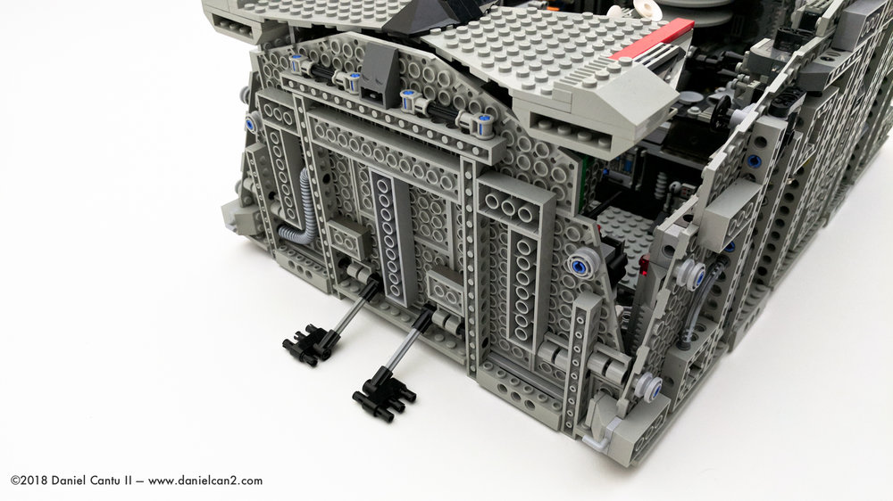 LEGO-Mobile-Fortress-67.jpg