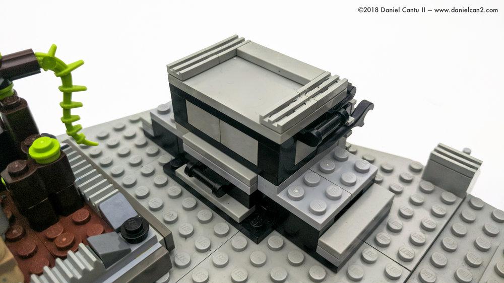 LEGO-Mobile-Fortress-28.jpg