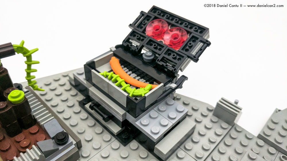 LEGO-Mobile-Fortress-29.jpg