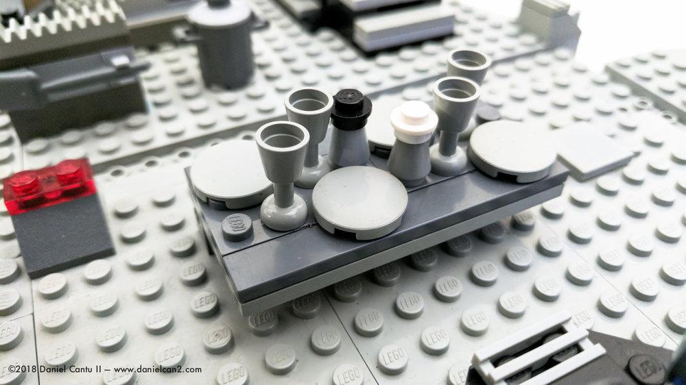 LEGO-Mobile-Fortress-41.jpg