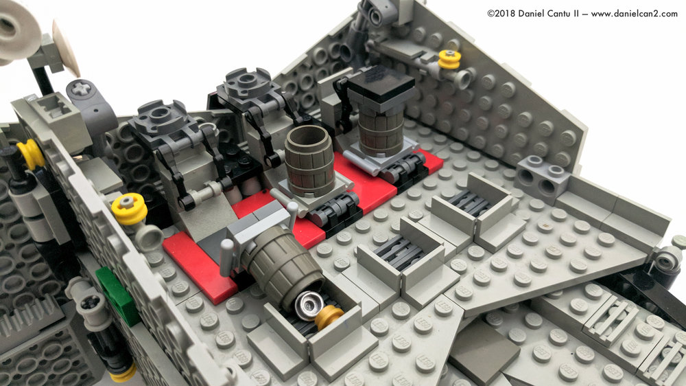 LEGO-Mobile-Fortress-21.jpg