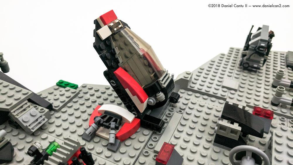 LEGO-Mobile-Fortress-37.jpg