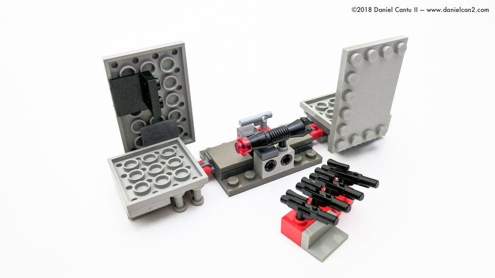 LEGO-Mobile-Fortress-57.jpg