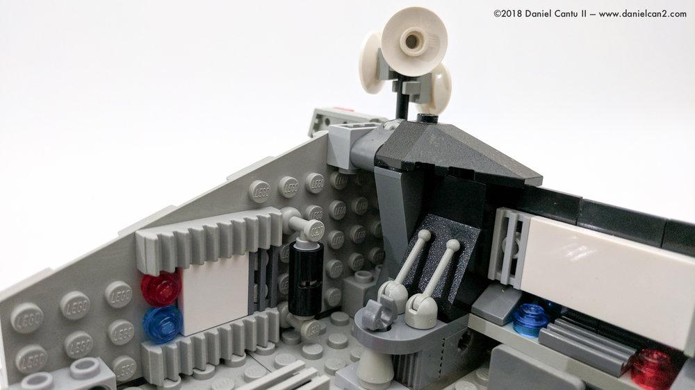 LEGO-Mobile-Fortress-9.jpg