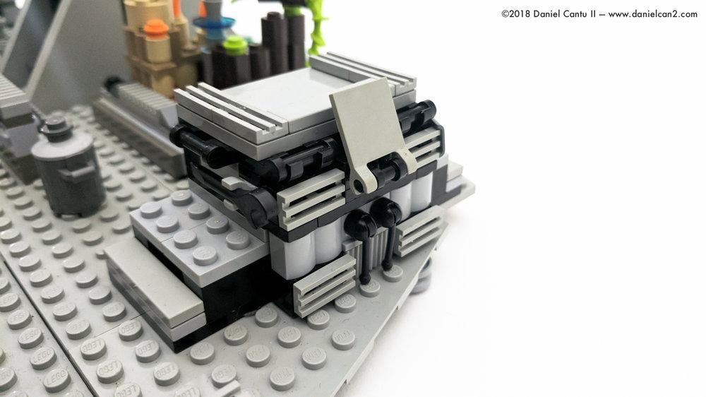 LEGO-Mobile-Fortress-32.jpg