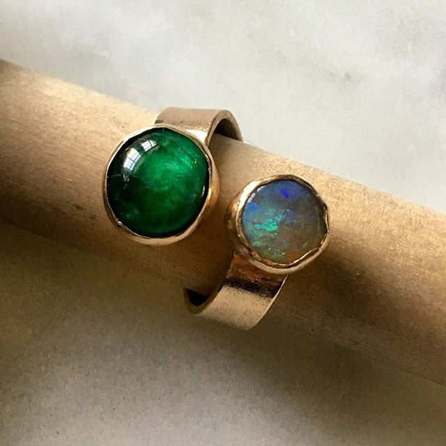 Just finished this emerald + opal ring and trying to decide whether to keep it for myself or to post it on my online store. Thoughts? 💚 #emerald #opal #statementring #contemporaryjewelry #handmade #amuletbyd