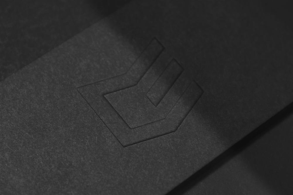 Figure-Jeremy-Hall-Design-Graphique-Quebec-Logo-Branding-Image-De-Marque-Item-Construction-3.jpg