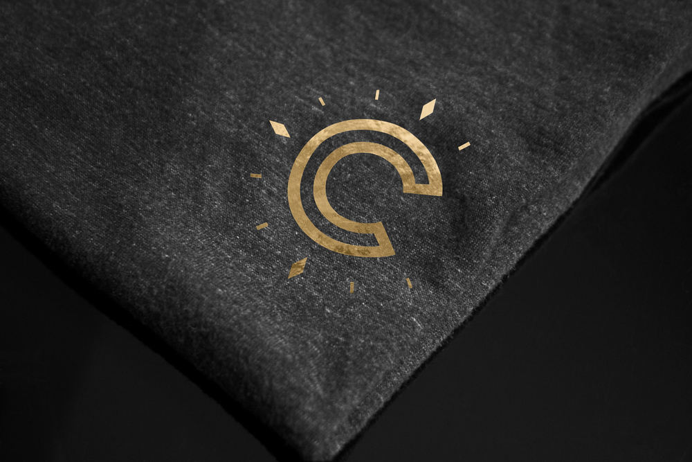 Figure-Jeremy-Hall-Design-Graphique-Logo-Branding-Image-De-Marque-Cendrillon-Restaurant-5.jpg