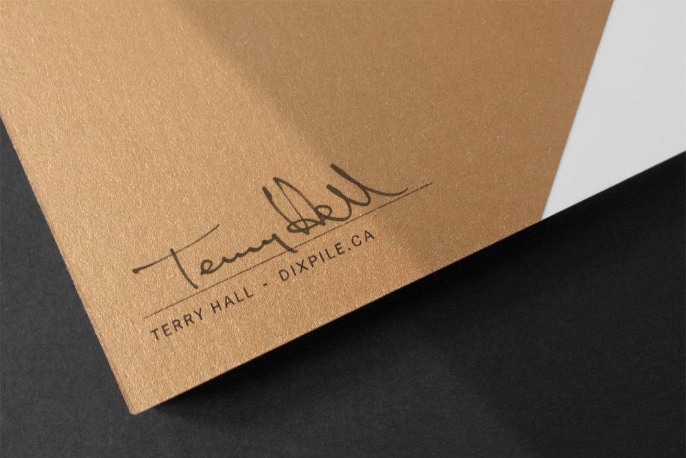 Figure-Jeremy-Hall-Design-Graphique-Logo-Branding-Image-De-Marque-Quebec-Dix-Pile-Comptabilite-Administration-Pharmacie-16.jpg