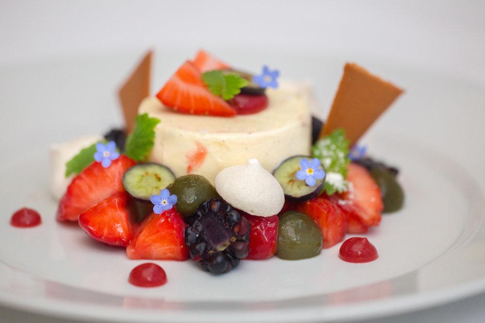Hvaler-Gjestgiveri-dessert-IMG_2807.jpg