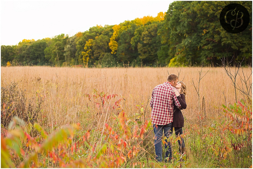 Fall-Orchard-Engagement-Photography_0069.jpg