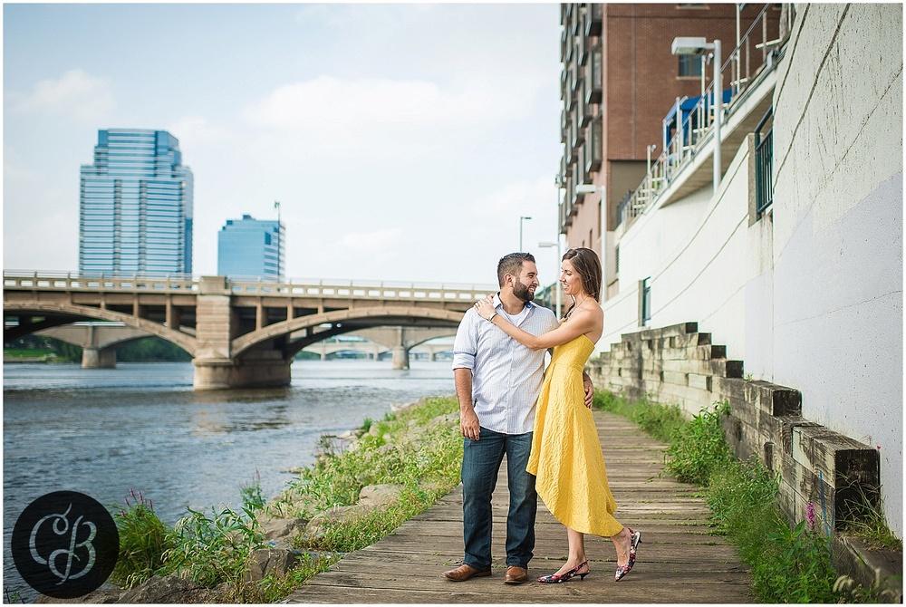 Grand-Rapids-Engagement-photographer_0467.jpg