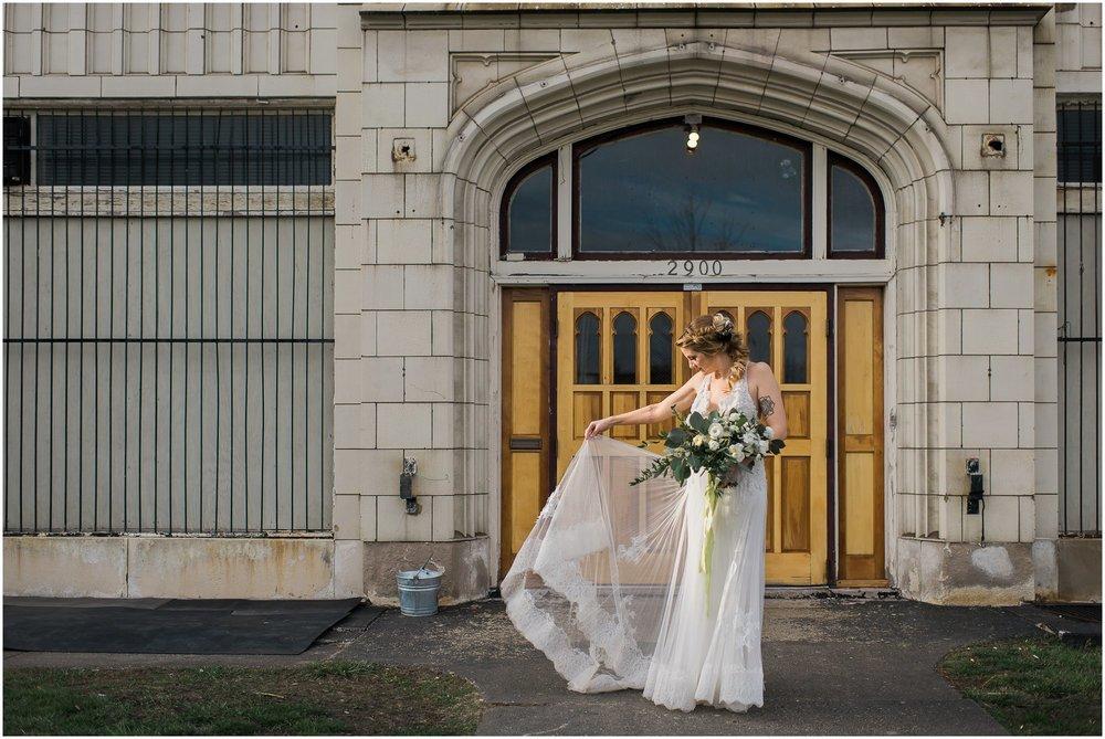jam-handy-building-wedding_0050.jpg