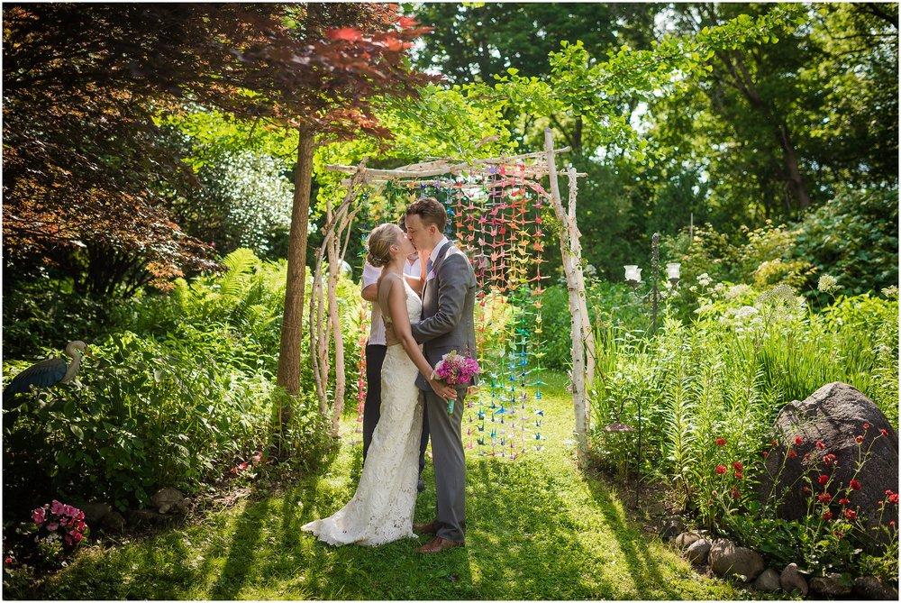 Michigan_backyard_wedding_0631.jpg