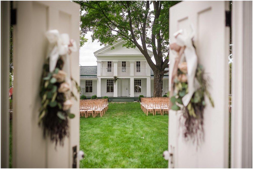 cornman-farms-wedding-michigan-barn-wedding_0963.jpg