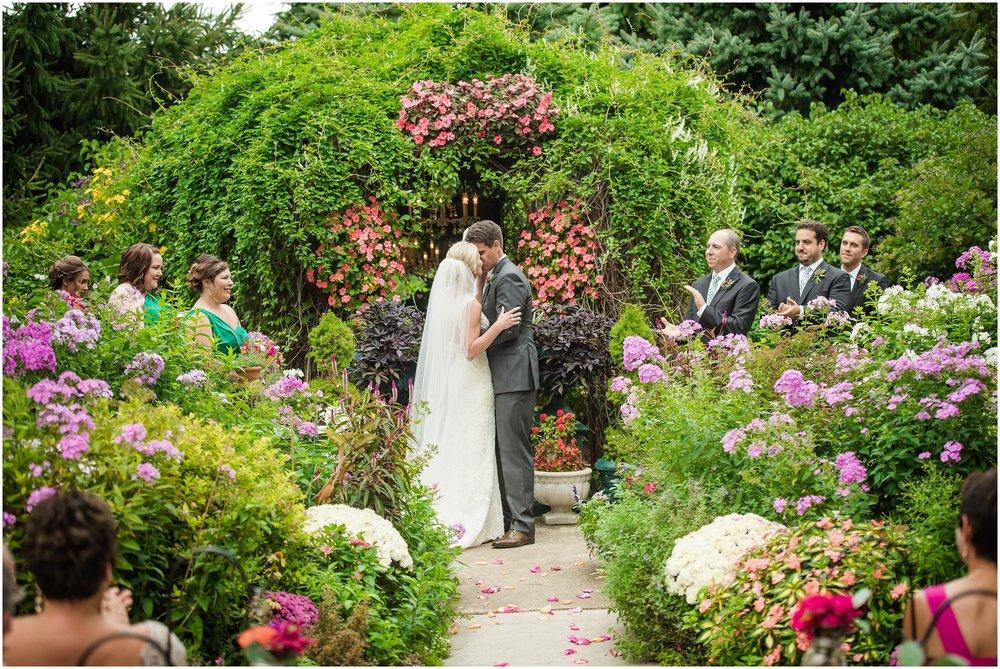 southern-exposure-herb-farm-wedding_0116.jpg