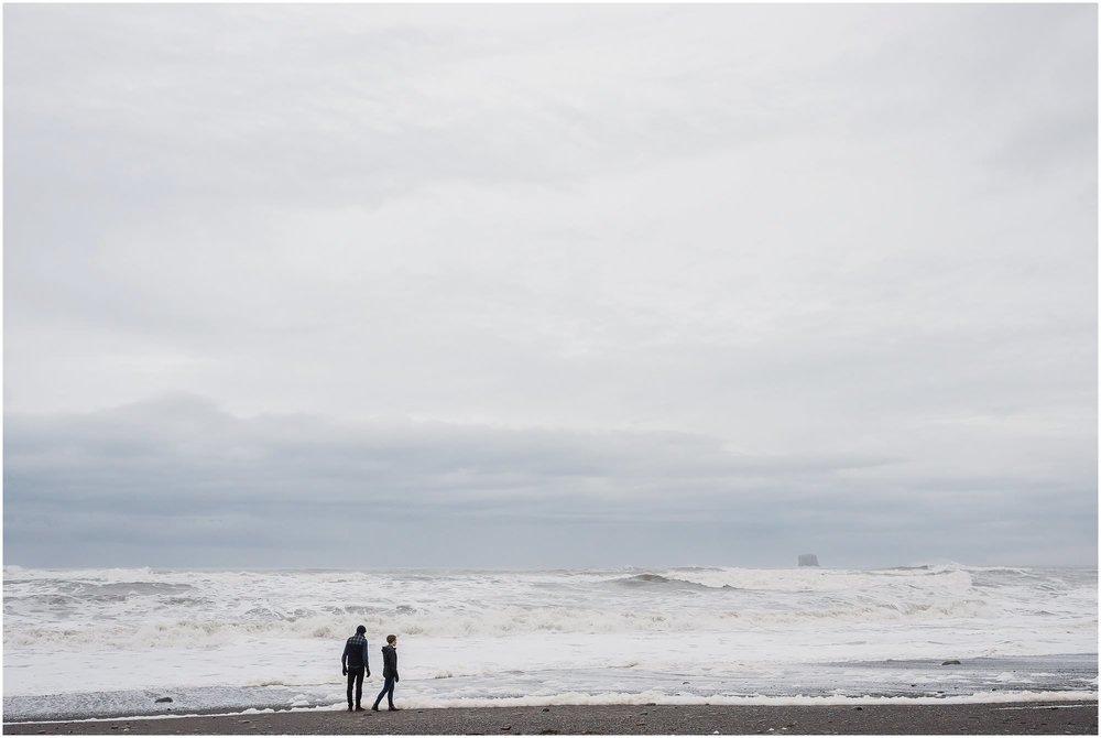 rialto-beach-washington-engagement-session_0538.jpg