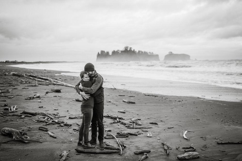 Rialto-Beach-Engagement.jpg