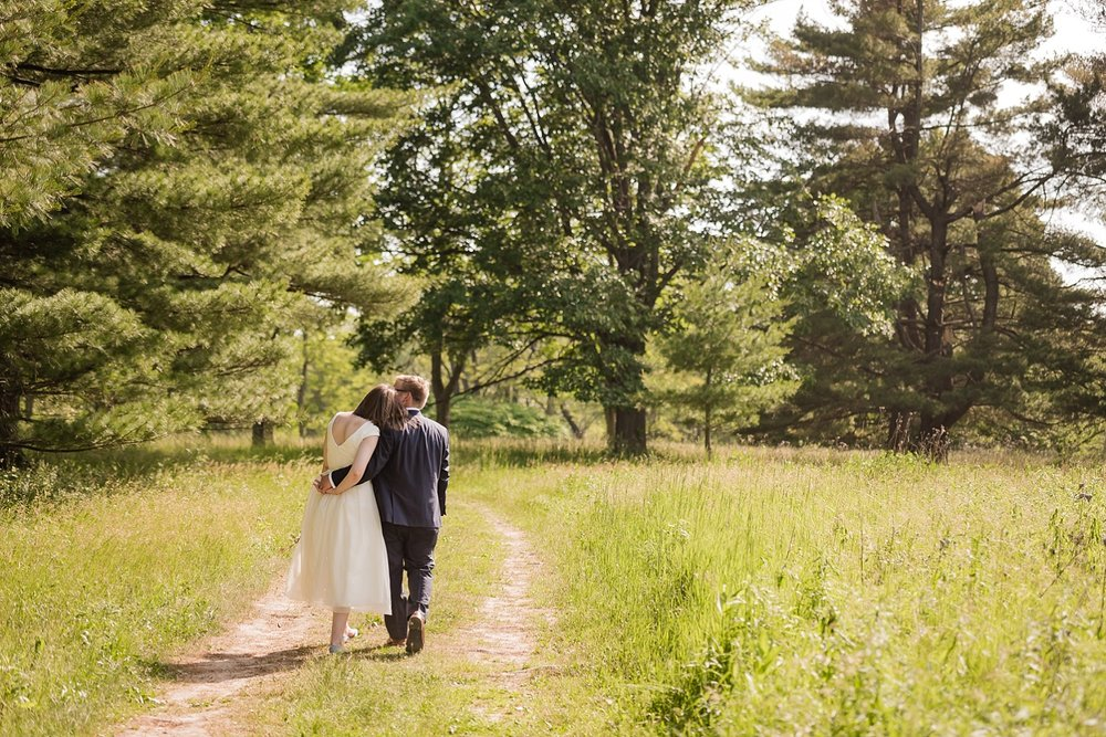 michigan-farm-wedding_0227.jpg