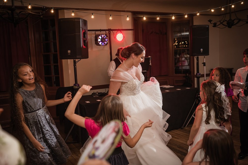 Dearborn-inn-wedding_0291.jpg