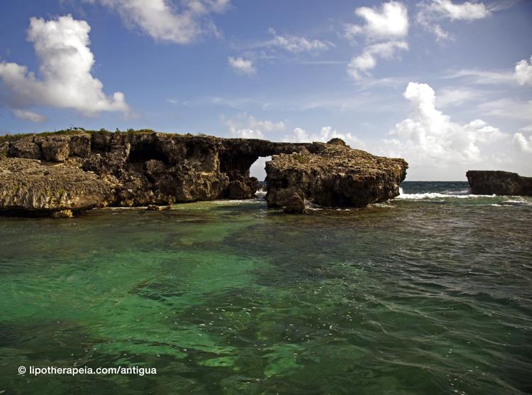 Devil's bridge, Antigua