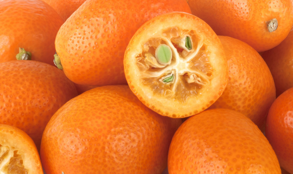 Flavonoids and vitamin C for cellulite