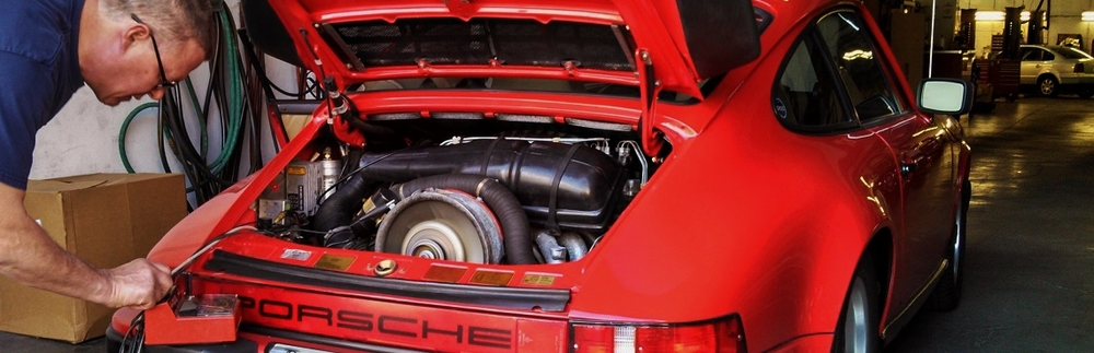 Rick tunes an air-cooled Porsche 911