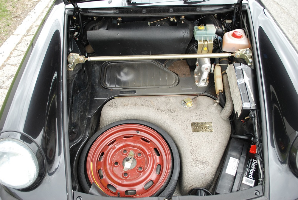 037. Front Trunk.jpg