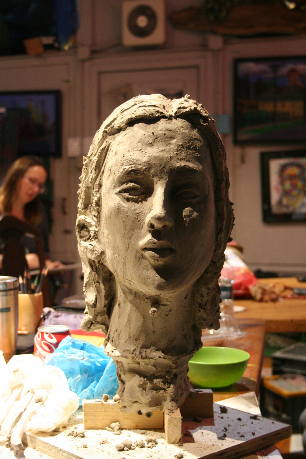 Frontal of Jack Flotte's bust of Samantha.