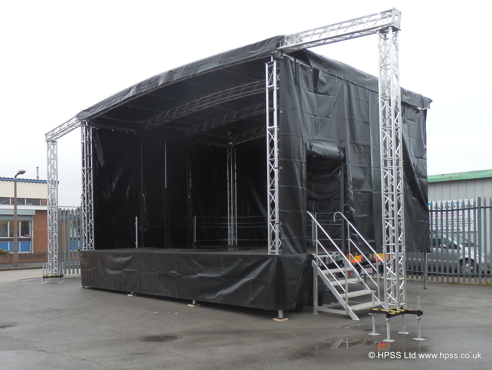 Mobile stage with PA wings