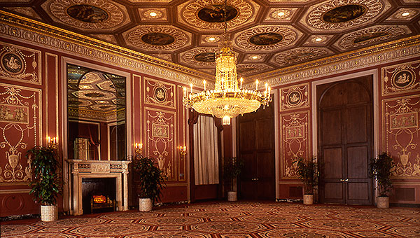 For Instagrams that elicit a bygone era, the Basildon Room, a fourth-floor meeting space at the Waldorf Astoria New York, is a reconstruction of the dining room from England's Basildon Park Manor in Berkshire. Removed intact from Berkshire, the ceiling paintings, cornices and the mantelpiece are installed in original form at the hotel. With spectacular paneling, a frescoed ceiling and Parisian marble fireplace, the space gives Instagram photos time-traveling, continent-hopping properties.
