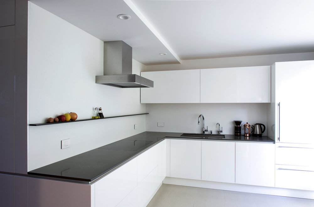super sleek minimalist kitchen
