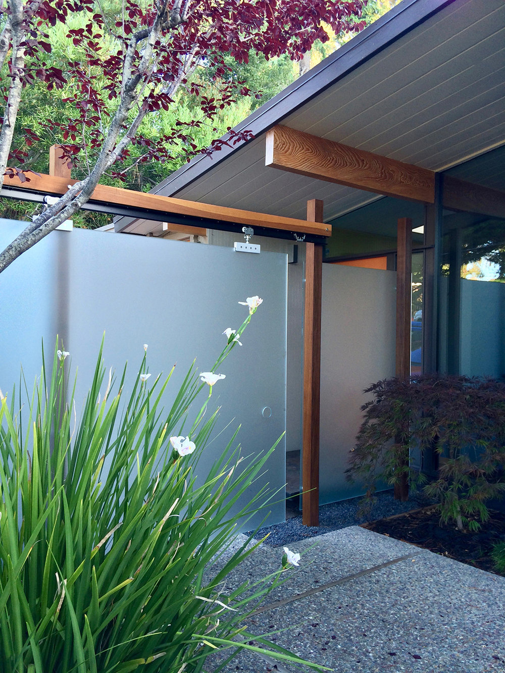 - San Mateo Highlands Eichler: Front Entry and Glass Privacy sliding wall. Featured on the Eichler Home Tour, 2014.