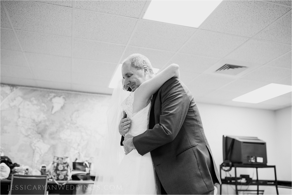 Louisville-Wedding-Portraits_0069.jpg