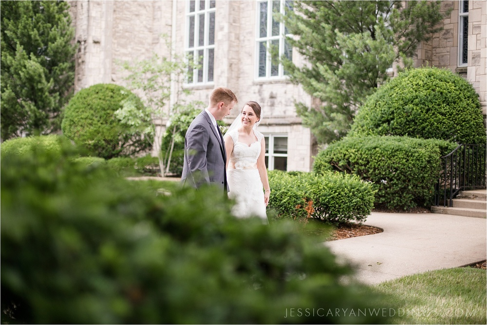 Louisville-Wedding-Portraits_0075.jpg