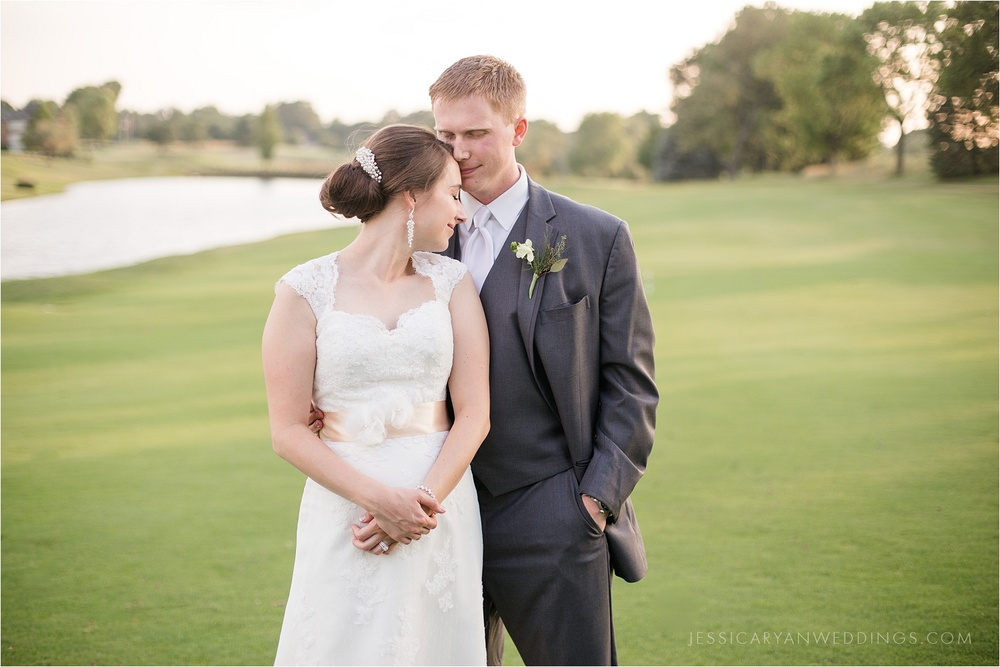 Louisville-Wedding-Oxmoor-Country-Club_0117.jpg