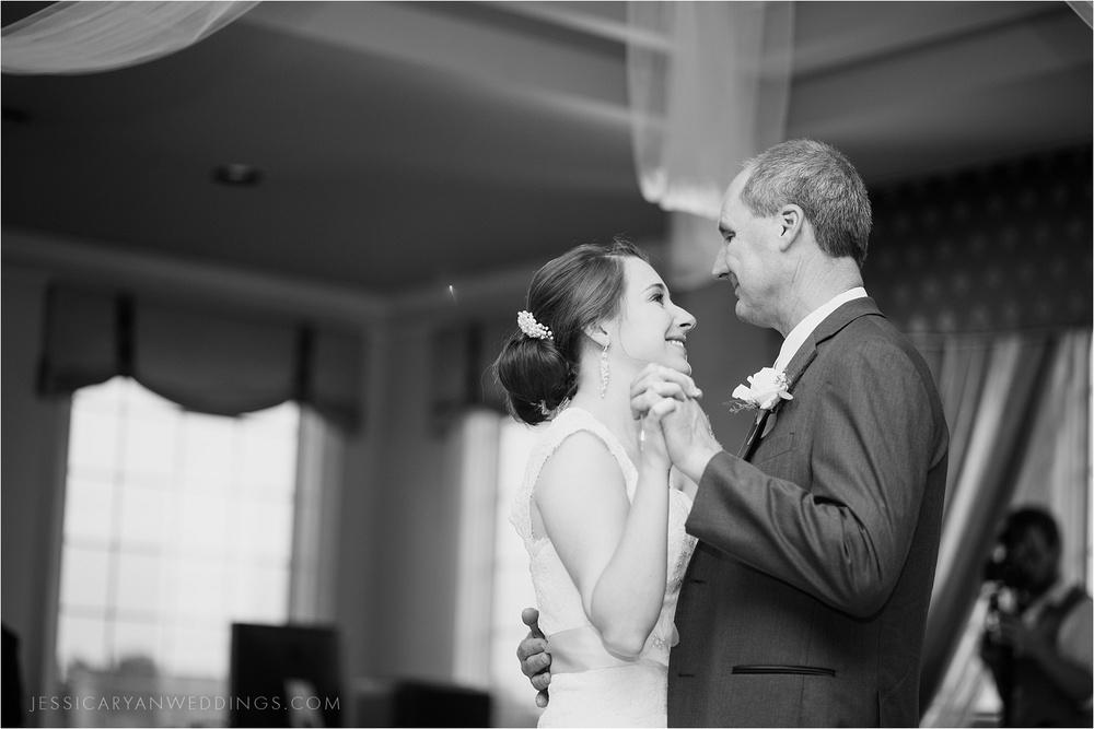 Louisville-Wedding-Oxmoor-Country-Club_0121.jpg