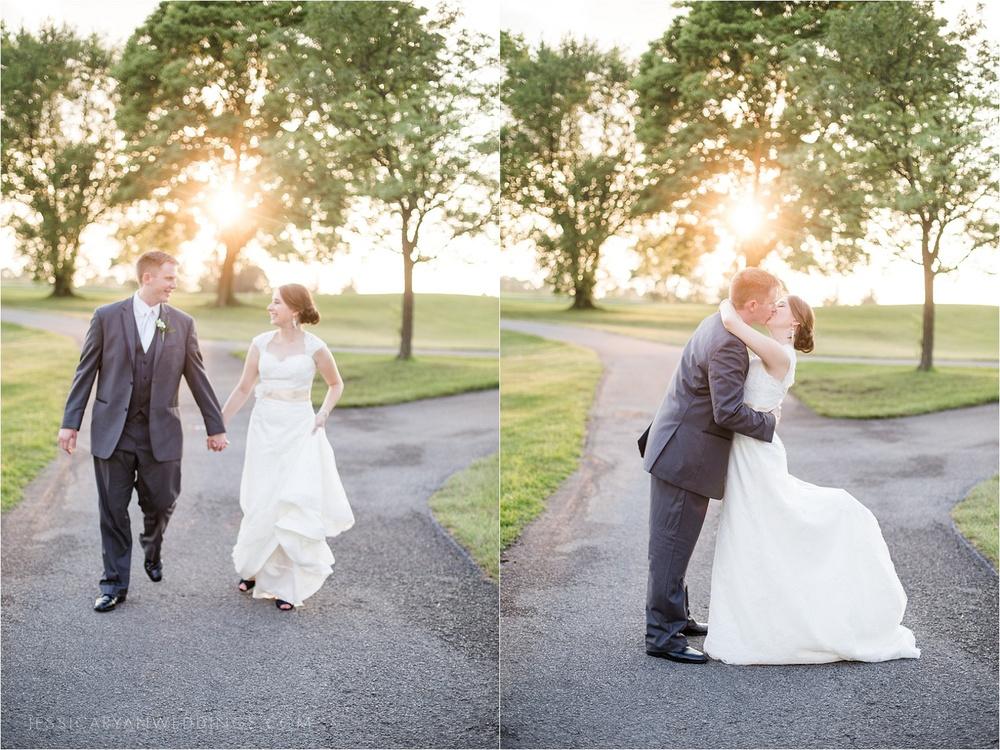 Louisville-Wedding-Oxmoor-Country-Club_0120.jpg