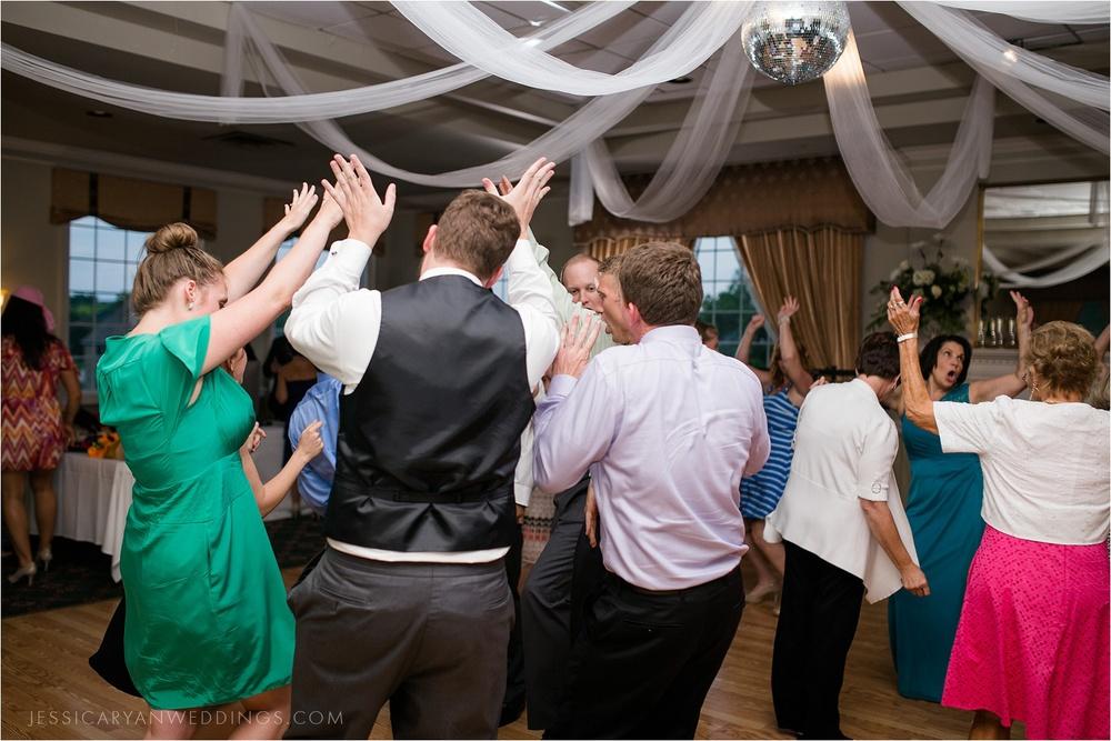Louisville-Wedding-Oxmoor-Country-Club_0126.jpg
