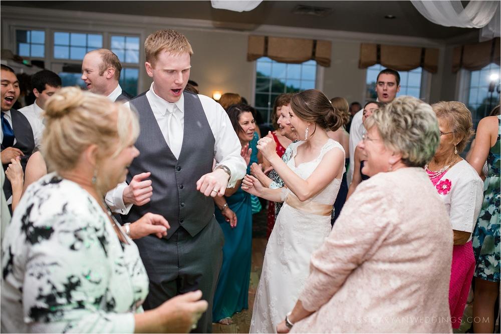 Louisville-Wedding-Oxmoor-Country-Club_0127.jpg