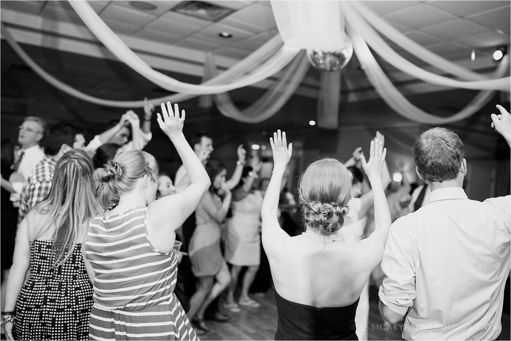 Louisville-Wedding-Oxmoor-Country-Club_0133.jpg