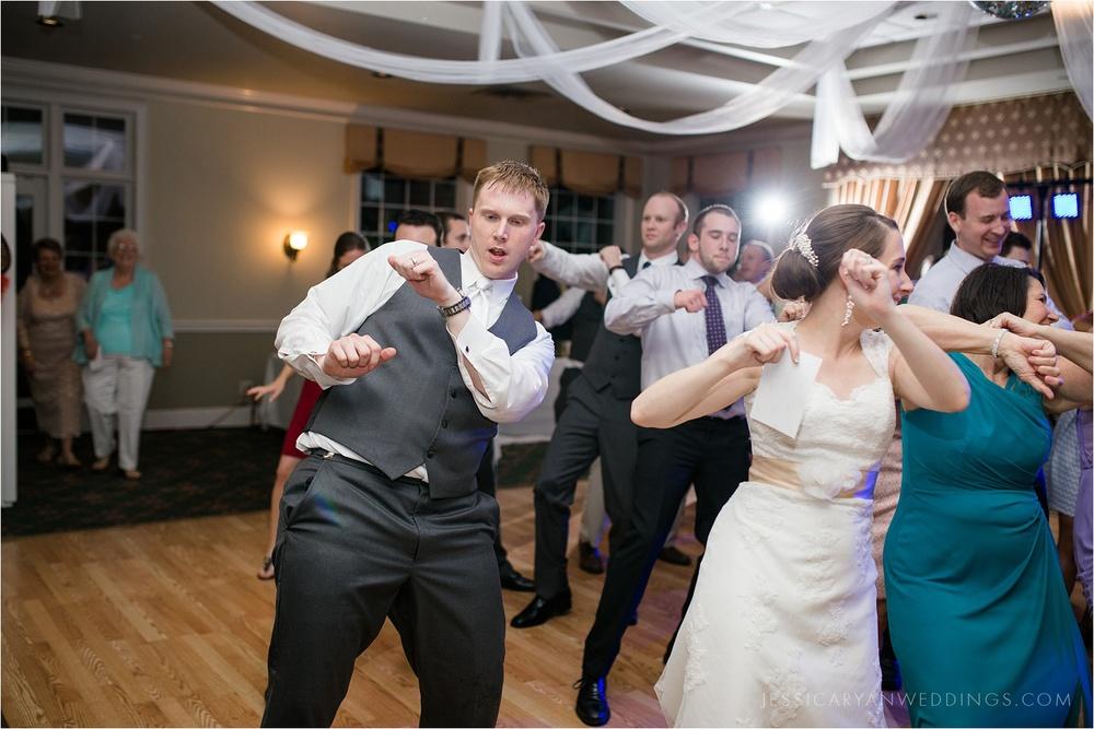 Louisville-Wedding-Oxmoor-Country-Club_0132.jpg