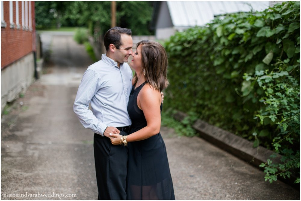 frankfort avenue engagement session_0005.jpg